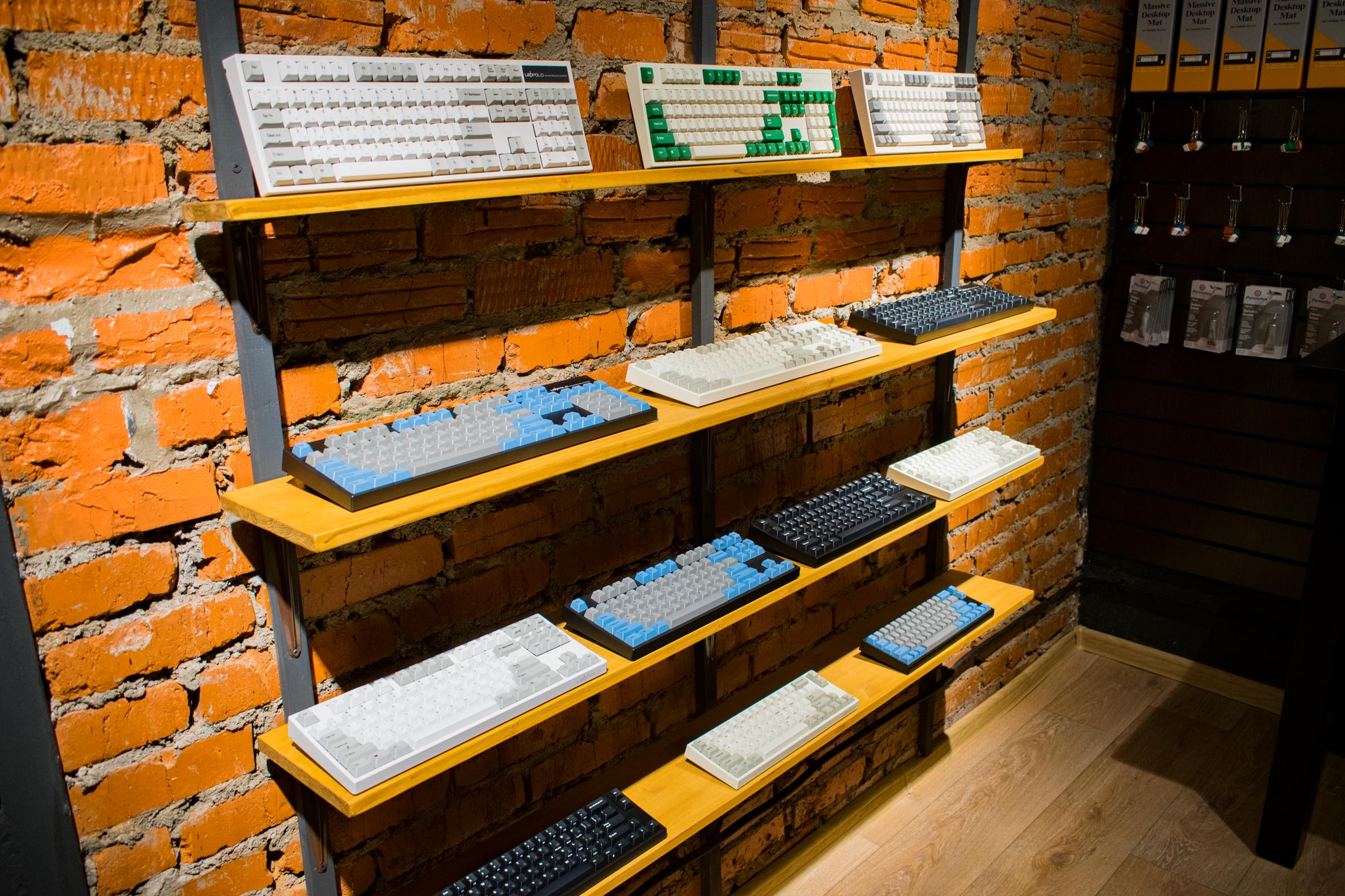 Стэнд клавиатур Leopold