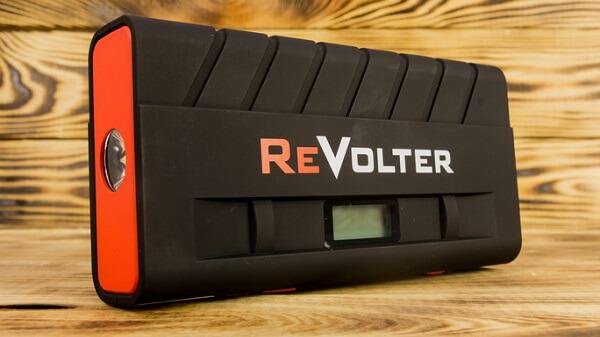 Пусковое устройство для запуска двигателя автомобиля ReVolter Nitro
