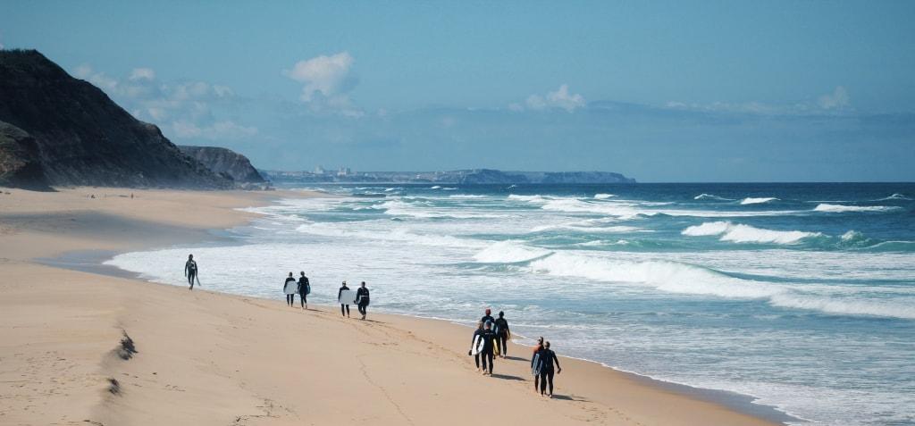 Учебный серф-спот для начинающих в Португалии