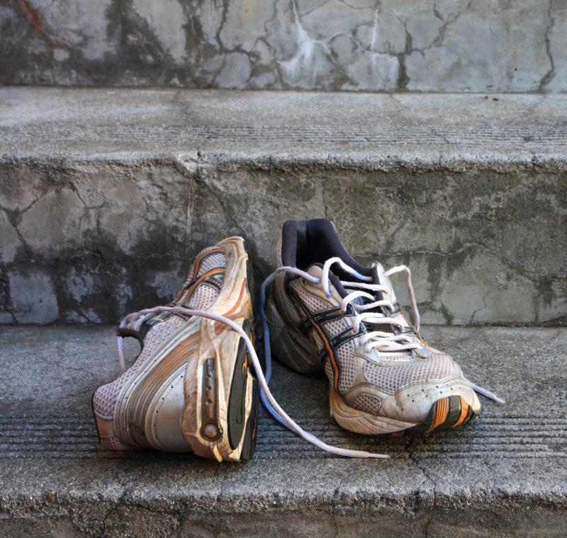 Кроссовки с неприятным запахом: как бороться - 2