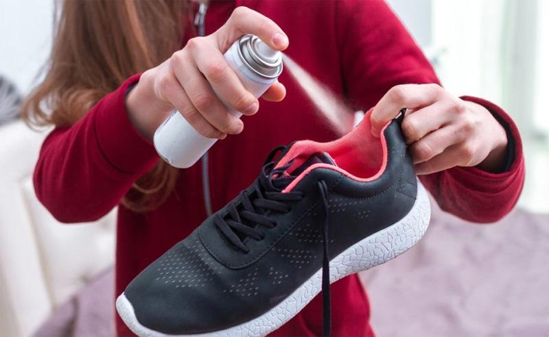 Кроссовки с неприятным запахом: как бороться - 3