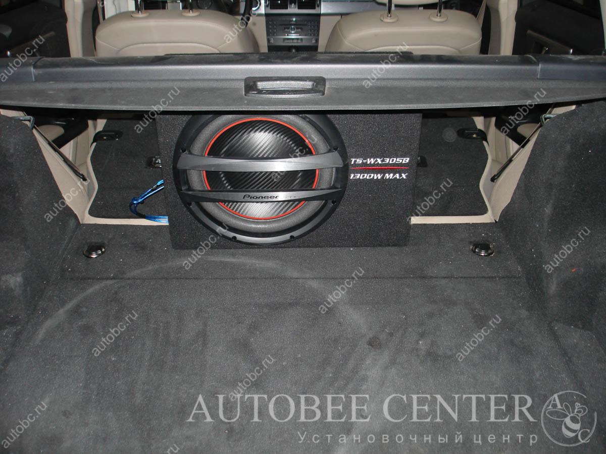 установка сабвуфера в багажник Екатеринбург