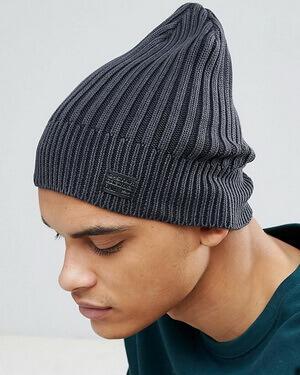 Высокая шапка-бини, фото