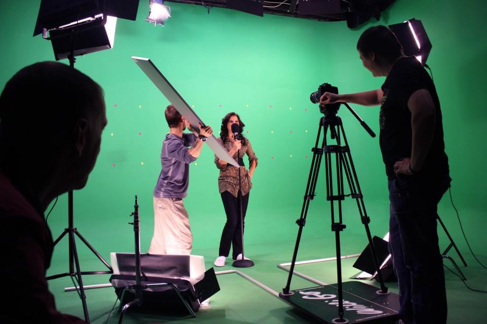 видео в студии