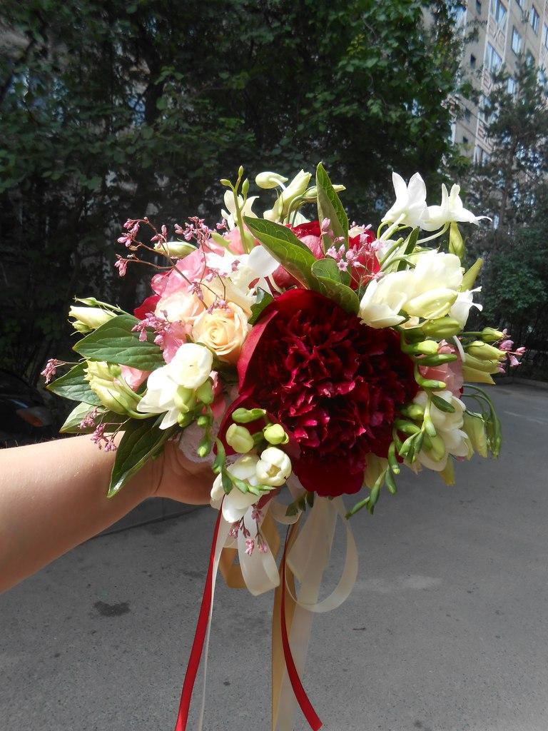 оформление_цветами_Алматы_пионы_свадьба_в_алматы_букет_невесты.jpg