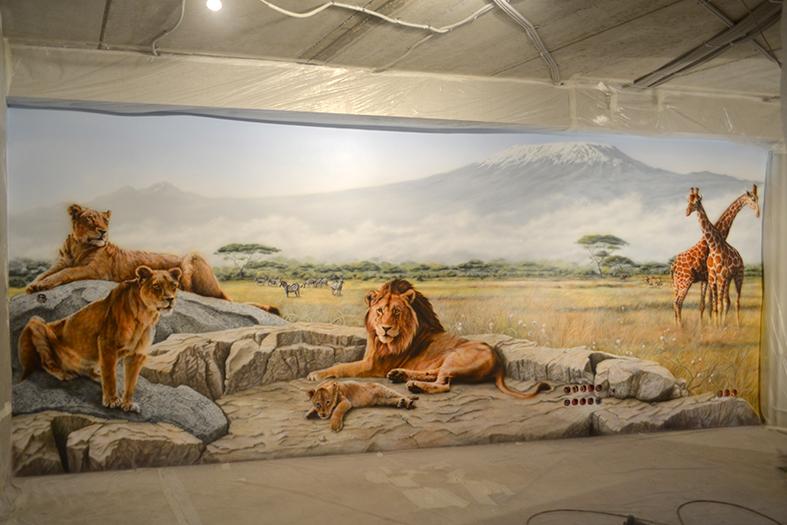 нарисовать львов на стене