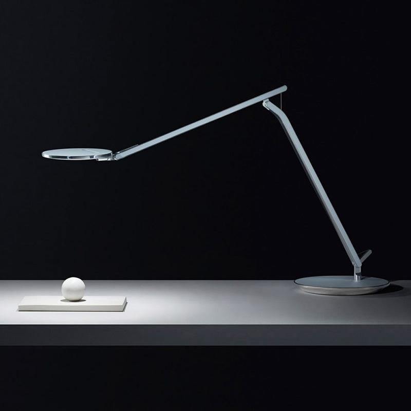 Настольная лампа Infinity от Humanscale