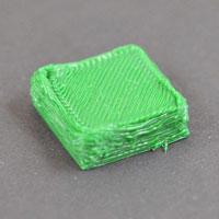 Перелив пластика в 3D принтере. Принтер экструдирует слишком много пластика, распечатка выглядит очень неряшливо