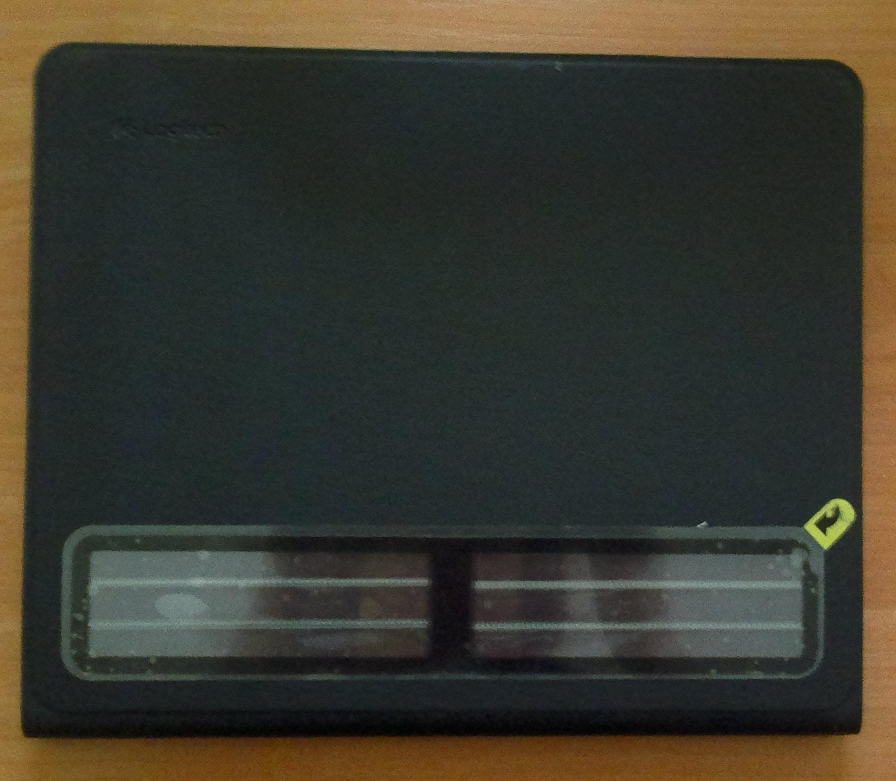 Logitech Solar Keyboard Folio прочные материалы