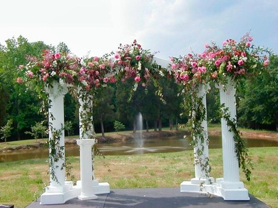 Свадебная арка из пенопласта.