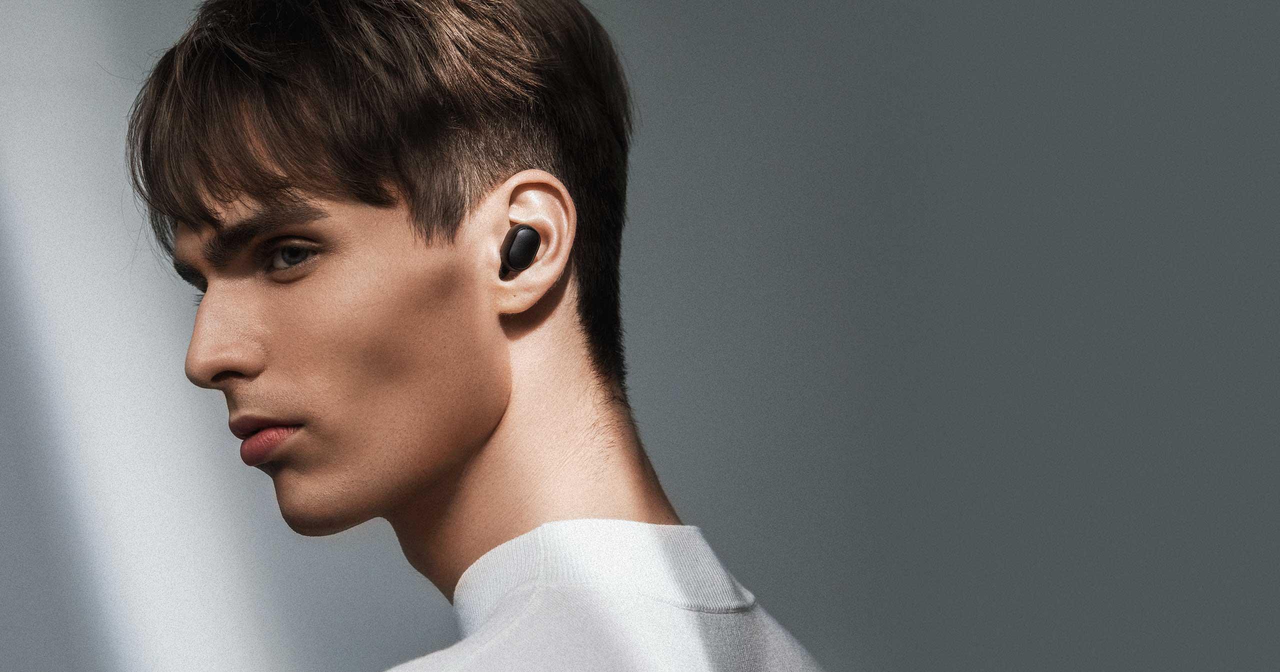 Беспроводные наушники Xiaomi Redmi AirDots True Wireless Bluetooth Headset (черный)