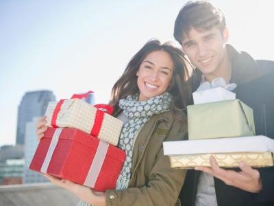 Подарки семейной паре