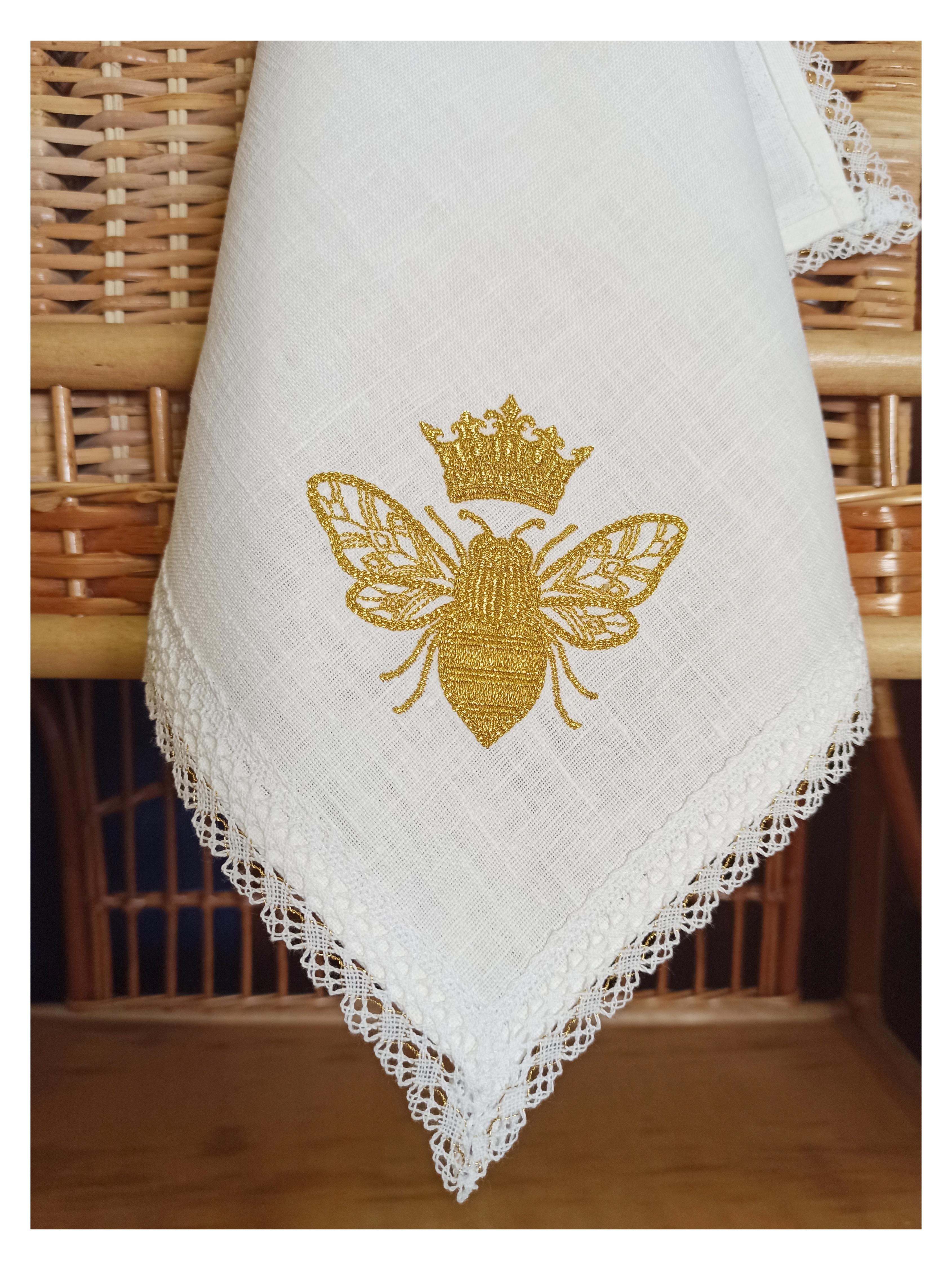 Эксклюзивные изделия из натуральных тканей с вышивкой и кружевом