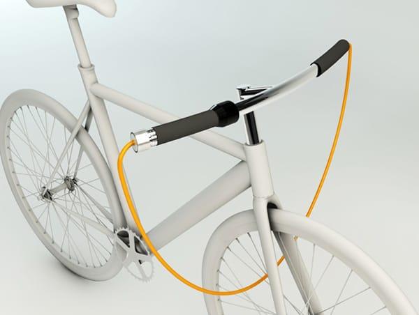 Тросовий велозамок в кермі