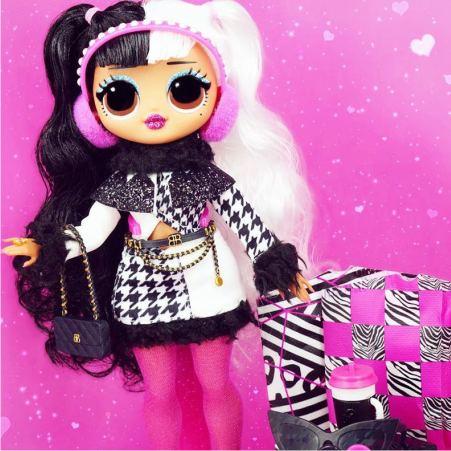 Фото куклы Долли из серии ЛОЛ O.M.G. Winter Disco