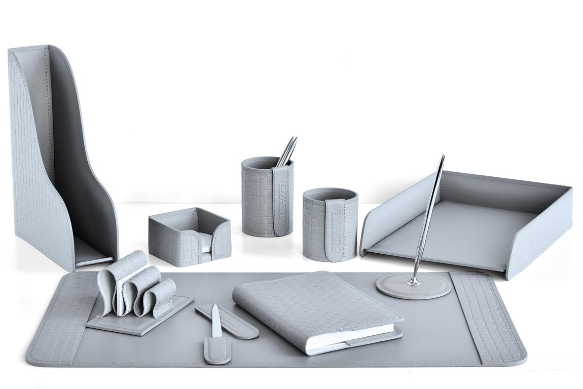 Набор для руководителя  на стол из 10 предметов из серой кожи с тиснением intrecciato: