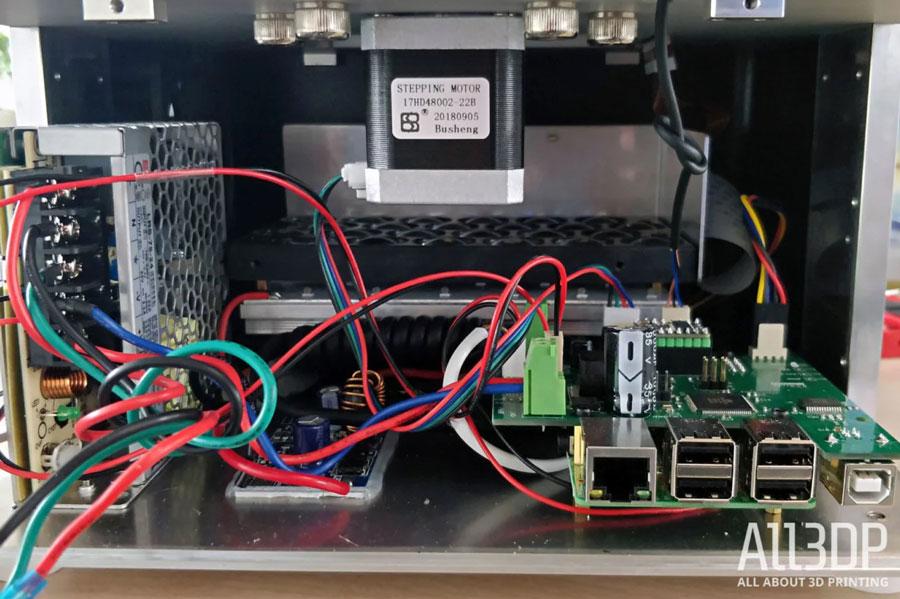 Плакала наша гарантия... Блок питания MeanWell, обжимное соединение, Raspberry Pi и массив Phrozen ParaLED – вот сердце Shuffle