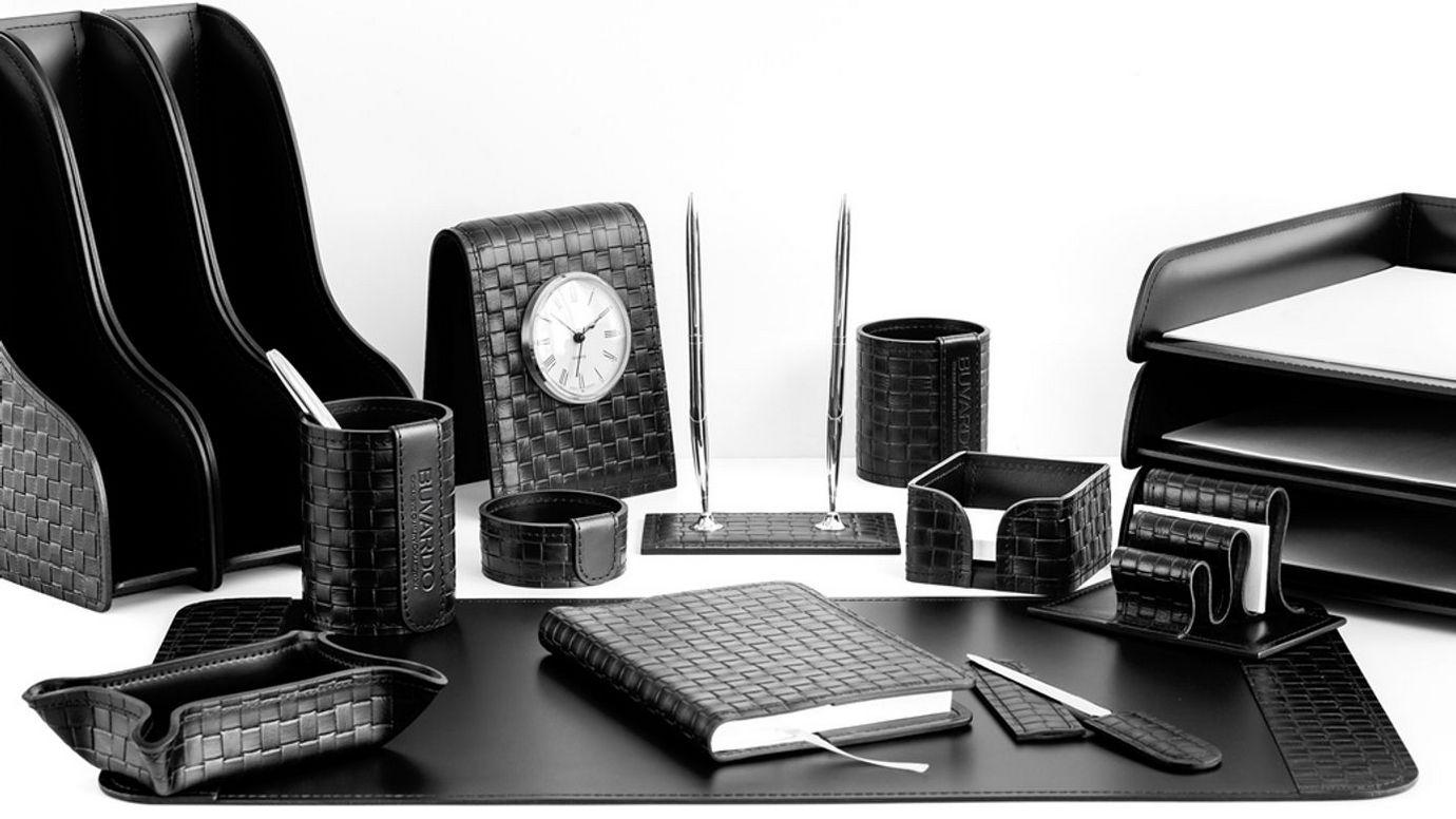 Раздел наборы на стол руководителя Бизнес цвет черный Treccia.
