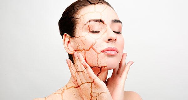 При сухой коже двойное корейское очищение лица – это перебор