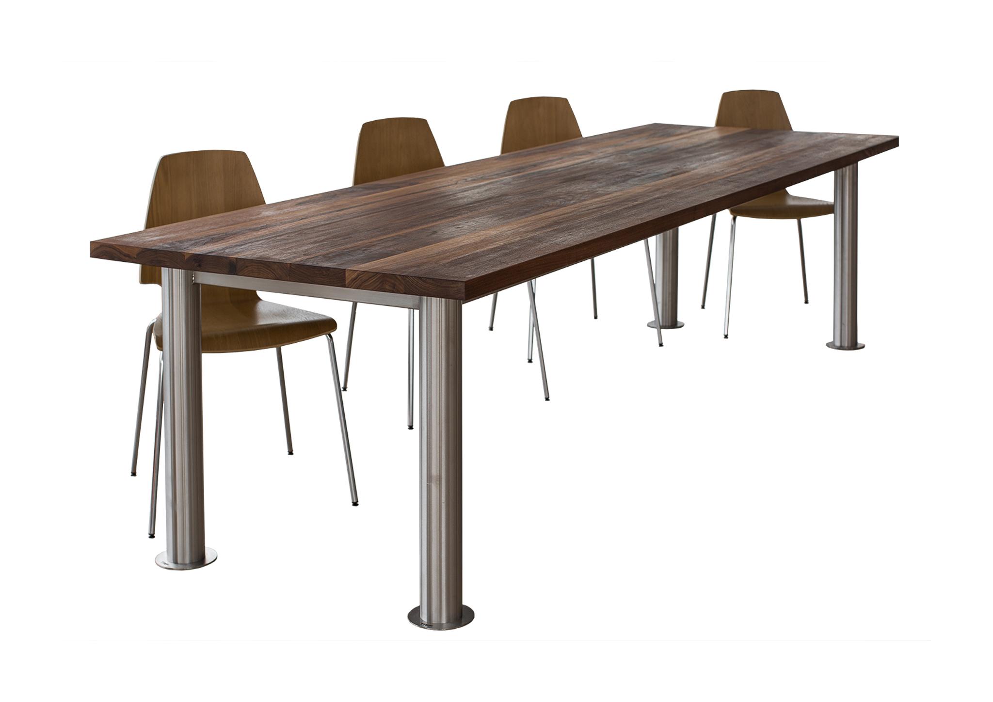 Изготовление мебели из массива дерева
