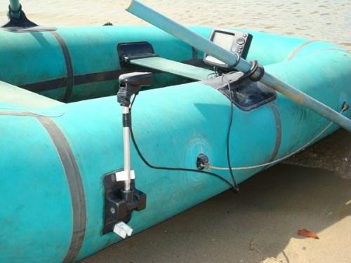 Установка эхолота на лодку