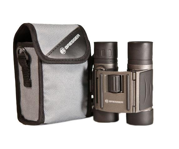 Бинокль Bresser Travel 8x22: комплект поставки
