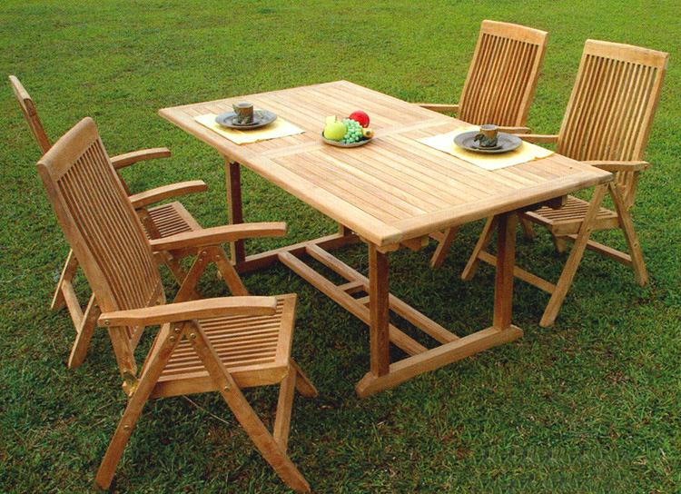 Надёжный садовый стол