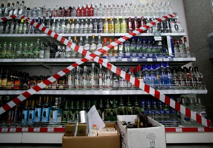 За нарушение порядка продажи алкоголя несет ответственность и продавец, и предприниматель