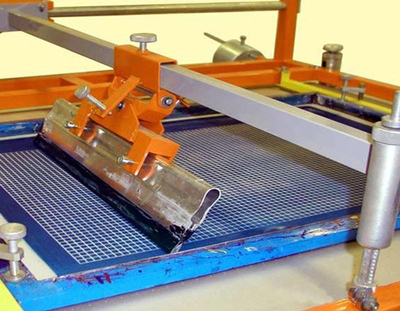 Принцип печати методом шелкографии