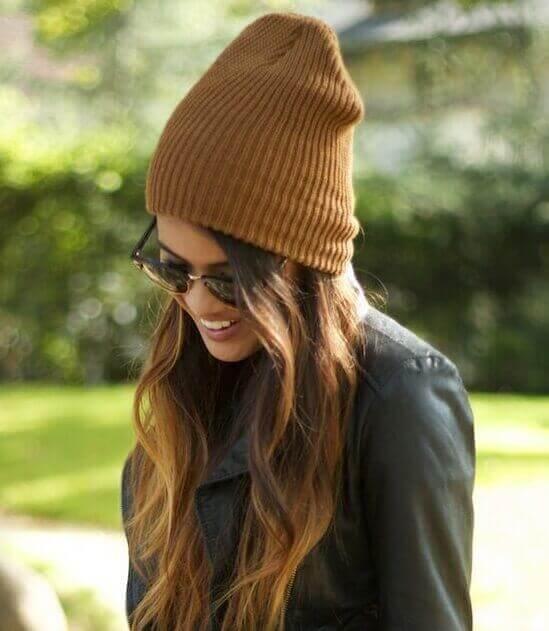 Женская шапочка бини высокая, фото
