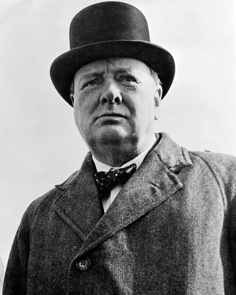 800px-Sir_Winston_S_Churchill.jpg