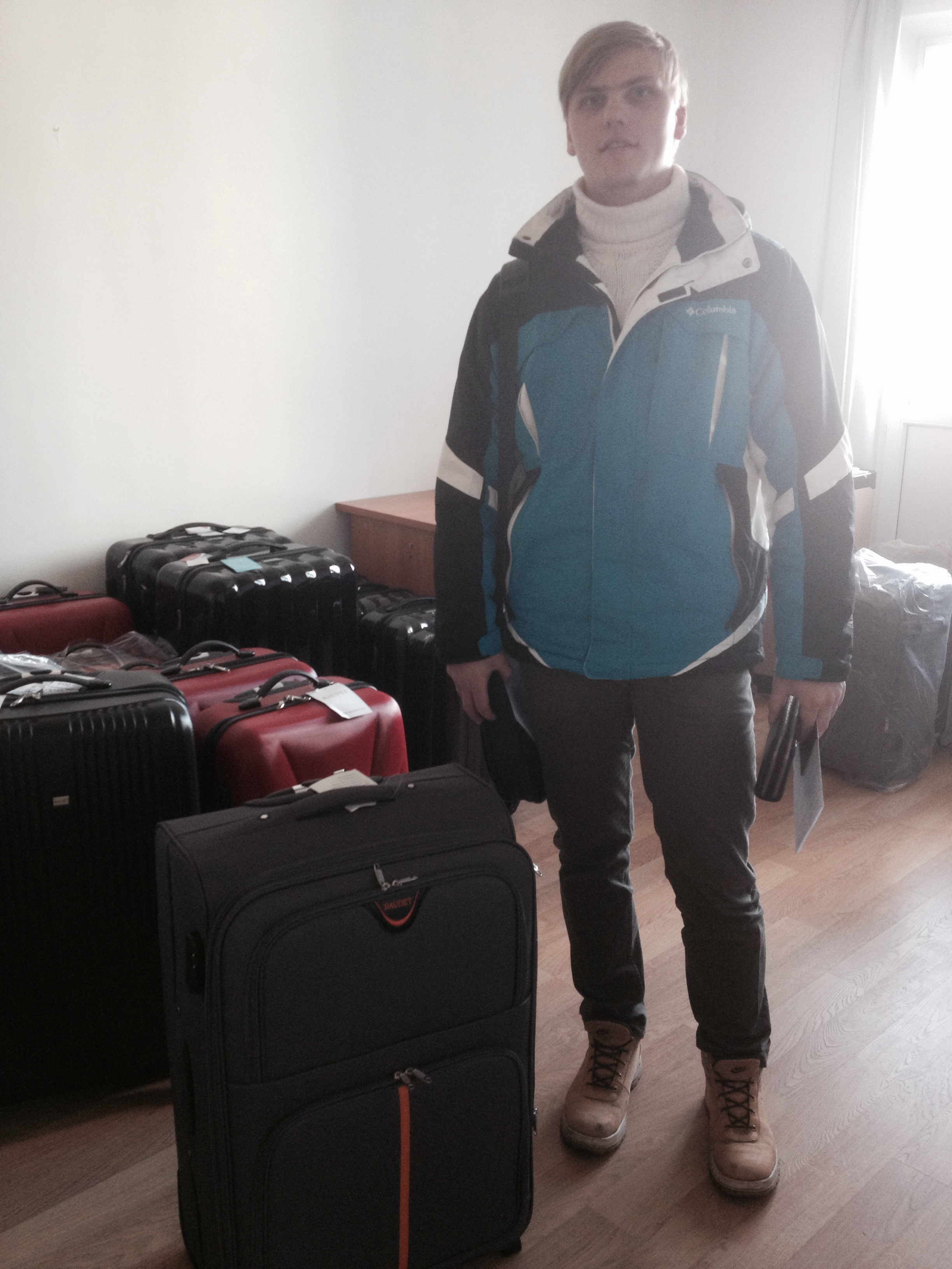 Фото клиента Мозжухина с чемоданом Baudet