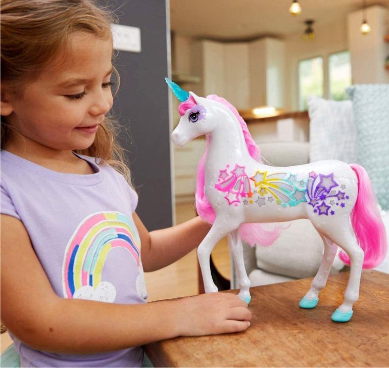 Набор Barbie Dreamtopia - Единорог (со светом и звуком