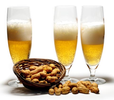 Семь сортов светлого пива: особенности и характеристики