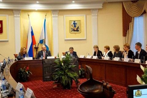 Совет Федерации и Федеральный фонд обязательного медицинского страхования провели экспертизу проектов Агентства в Архангельской области