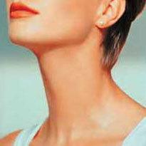Уход за кожей шеи и груди