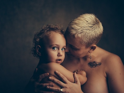 Нагота родителей и сексуальное воспитание ребенка