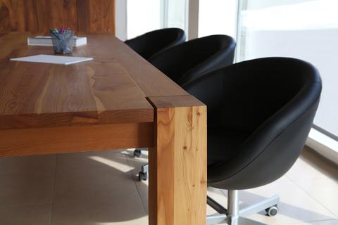 Большие столы из массива дерева от TRIF-MEBEL