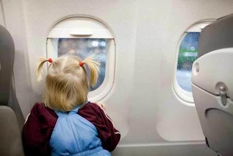 7 советов для полетов с детьми