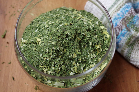 Зеленая приправа для супа в домашних условиях