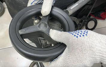 Замена колес Peg-Perego SI