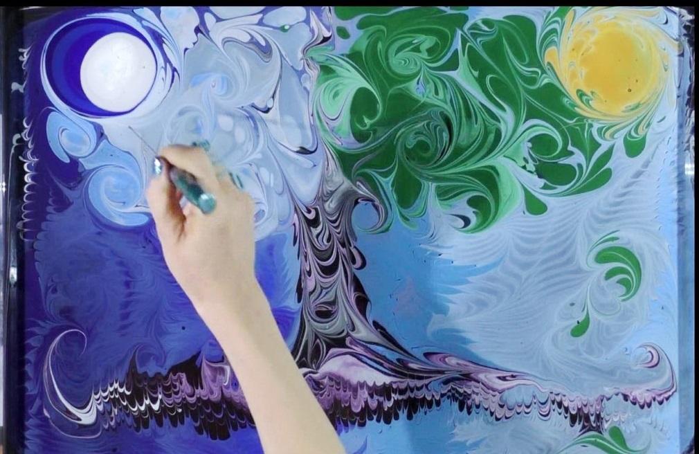 Как разрисовать сарай на даче фото красками оказывает