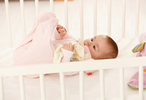 Особенность выбора детской кроватки