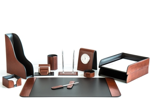 Наборы на стол руководителя с часами
