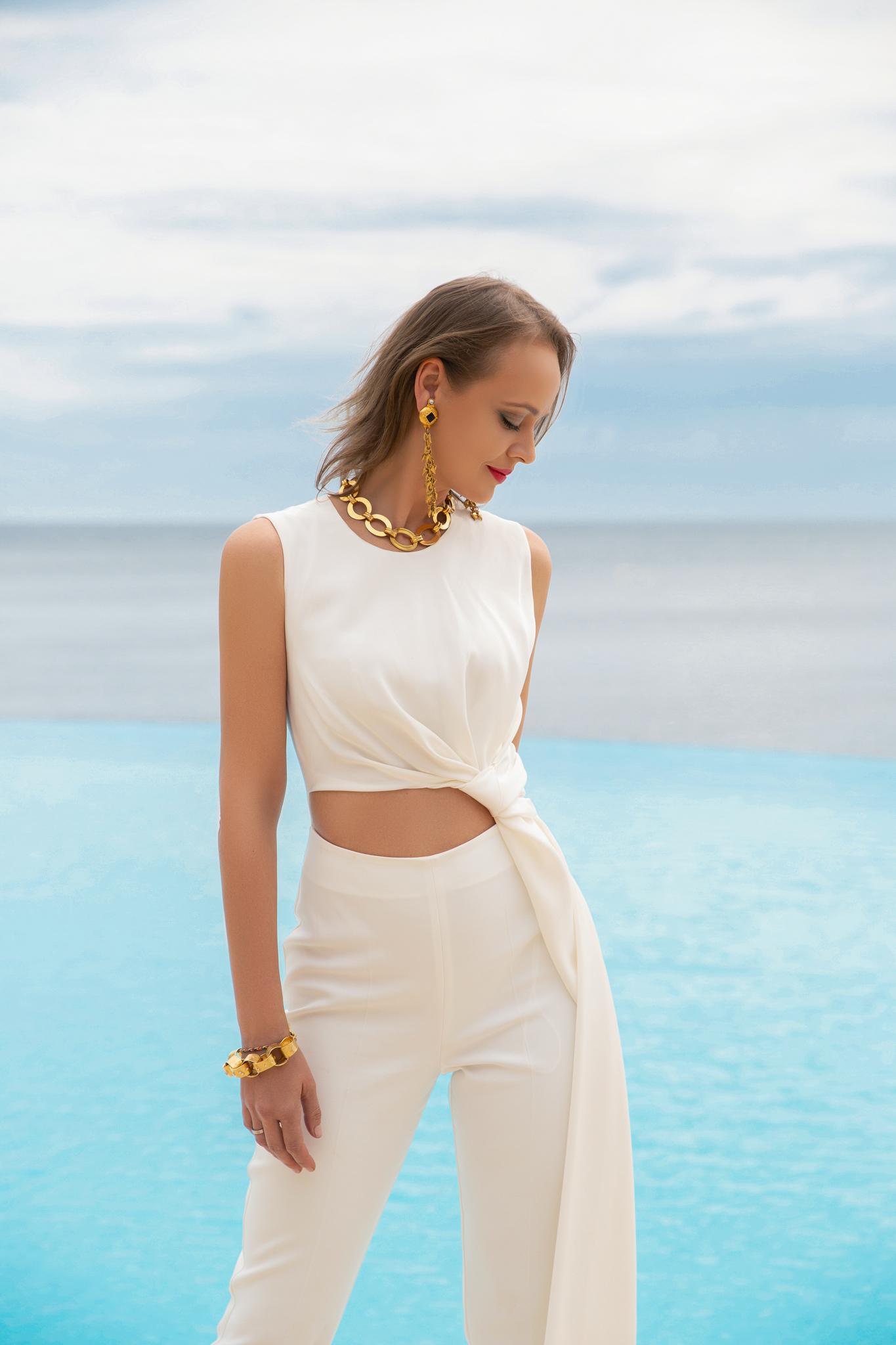 Морской стиль в одежде и украшениях.