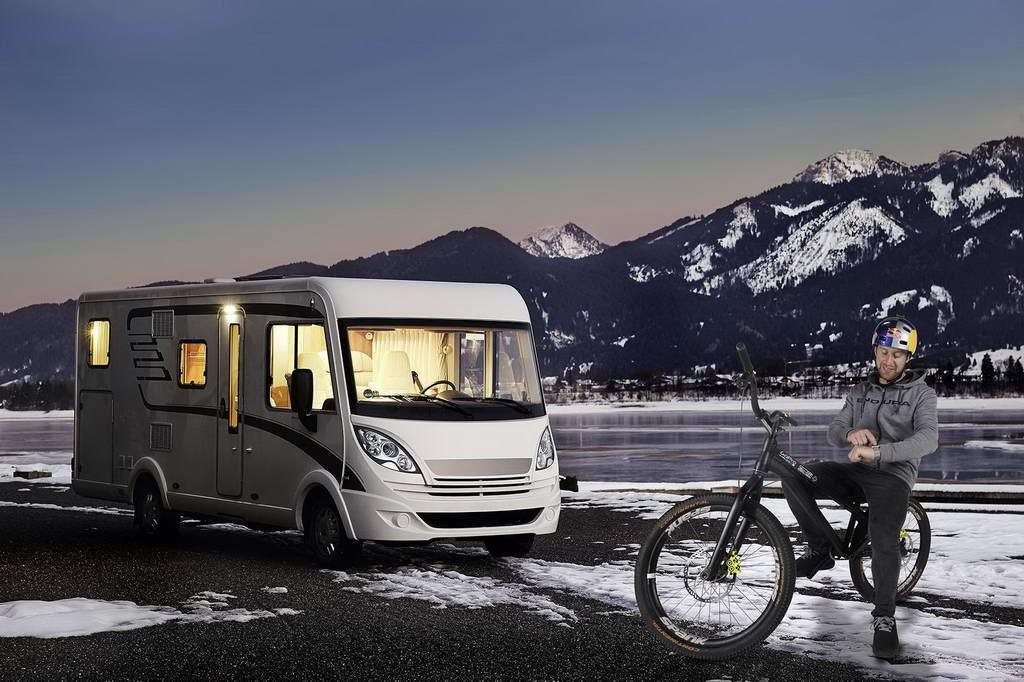 Caravan Salon 2017: Eberspaecher pre-heaters – independent heating in leisure vehicles via smartphone or smartwatch