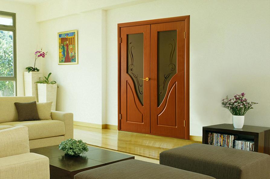 Расширение ассортимента распашных двухстворчатых дверей