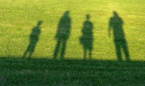 Как возникает отчуждение между родителями и детьми?