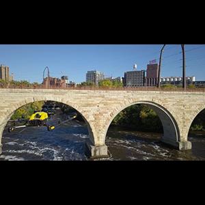Дроны контролируют состояние мостов