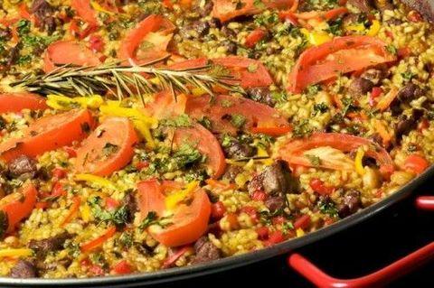 Паэлья с мясом ягненка и артишоками  Receta de Paella con carne de cordero y alcachofas